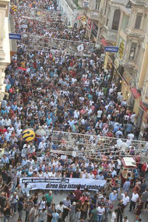ist-290613-taksim-hdk-protesto2