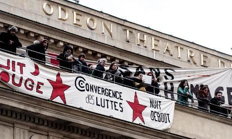 fransa tiyatro işgal