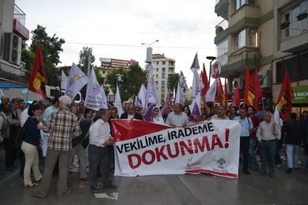İzmirde Vekilime irademe dokunma eylemi