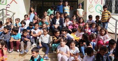 Okulları kapatılan öğreniciler eylem yaptı