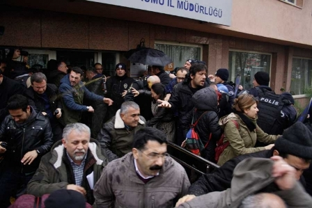 Ankara27da kamu emekçilerine polis saldırısı