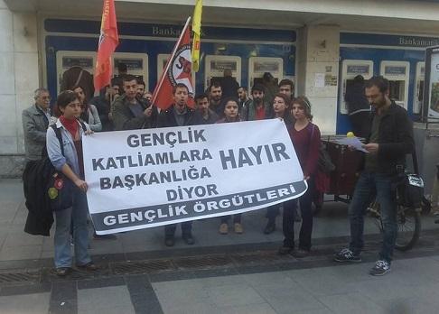 İzmir gençlik örgütleri basın açıklaması
