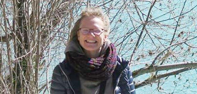 Dr. Annelies Broekman