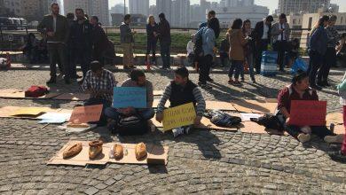 ataşehir belediyesi önünde işçiler eylemlerinin 2 gününde