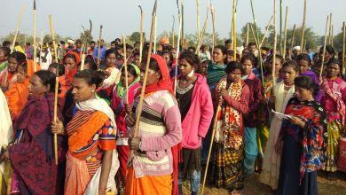 Photo of Hindistan'da köylülerden polis kontrol noktasına eylem